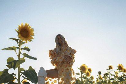 EDITORIAL DE MODA: Yellow kissed sky