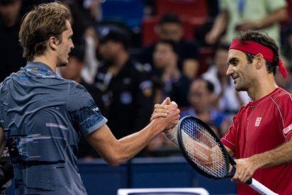 Roger Federer protagoniza una remontada épica, pero cae derrotado por Zvered en Shanghái