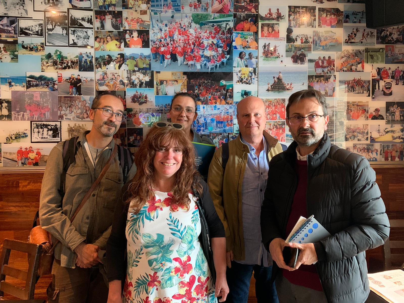 La Junta de Gobierno del Colegio Profesional de Logopedas de Galicia se reúnen en Ribeira, en su reunión ordinaria y tratan las Jornadas Internacionales a celebrar en la Coruña los días 15 y 16 de noviembre.