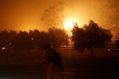 Los feroces incendios en California provocan la mayor evacuación en 25 años