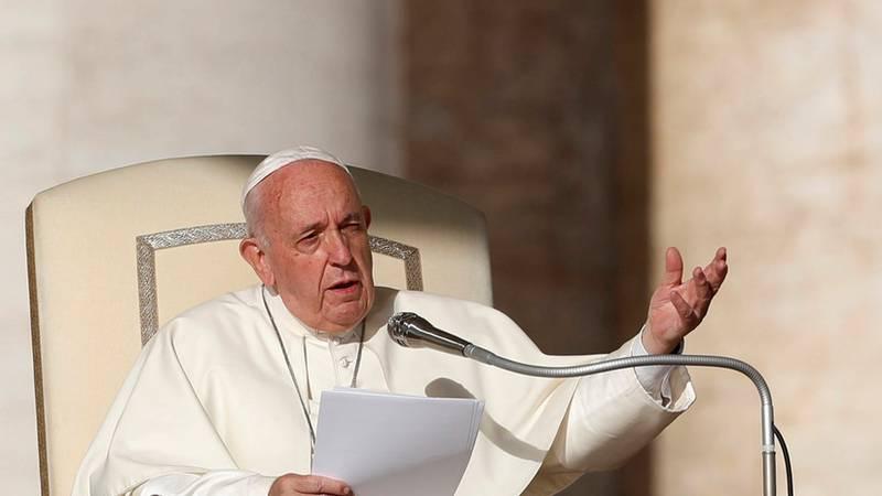 'La nueva Iglesia Católica': El papa Francisco reabre la posibilidad del diaconado femenino y la ordenación sacerdotal de hombres casados
