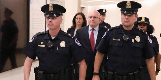 """Indemnizan con 20 millones de dólares al policía al que recomendaron """"suavizar su homosexualidad"""" en EE.UU."""
