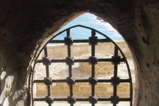 """Descubren en Turquía un muro de 7.000 años de antigüedad de una fortaleza donde se producía un """"producto muy especial"""""""
