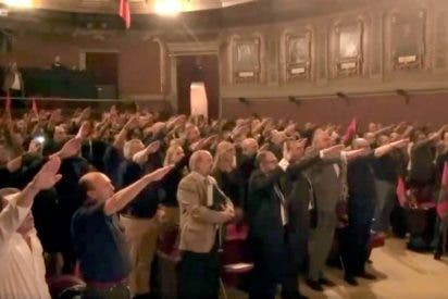 Los apuros de Sánchez y la izquierda española por exhumar a Franco da 'vidilla' a los que 'alzan sus manos' al compás del 'Cara al sol'