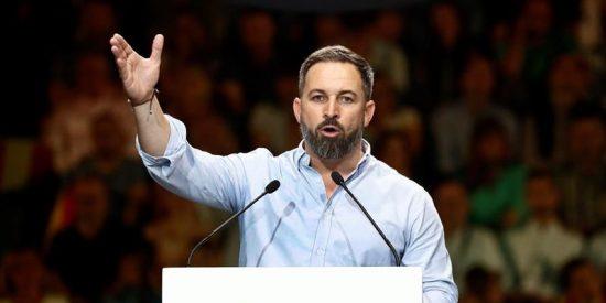 VOX se dispara en las encuestas: 'el pacto de la vaselina' de Sánchez con los separatistas le sitúa en los 60 escaños