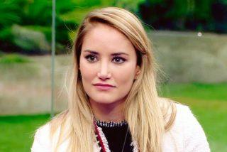 Alba Carrillo se queda petrificada al leer un tuit de Belén Esteban