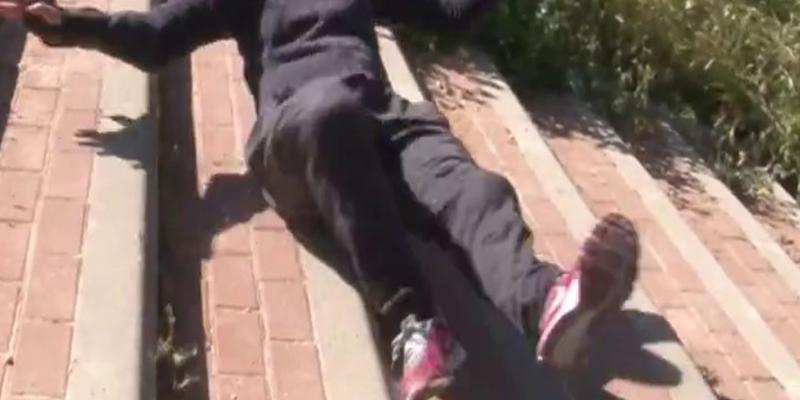 Alumno tira a una profesora por las escaleras en un instituto de Palma