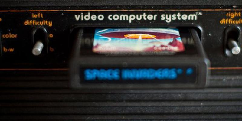 """Así es """"Entombed"""" de Atari: el laberinto indescifrable de un videojuego de los 80 que sigue intrigando a los expertos"""