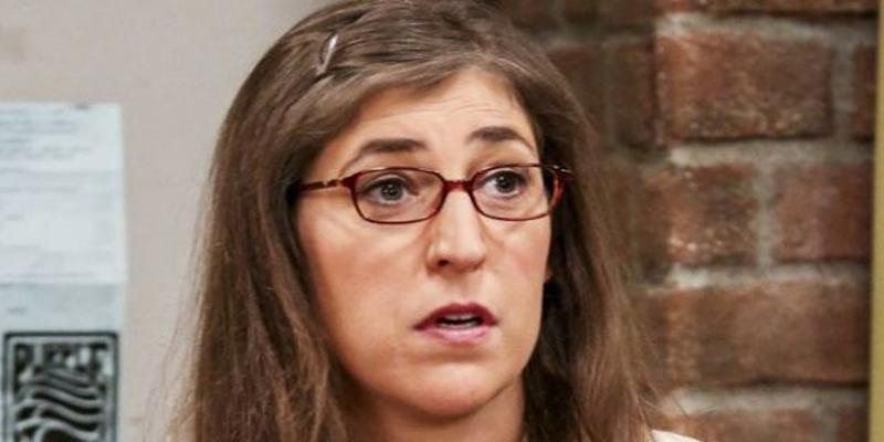 Así es el nuevo look de Mayim Bialik, de 'The Big Bang Theory'