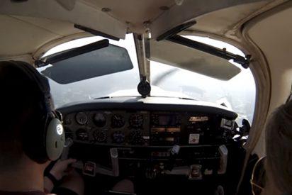 Así fue el tenso e intenso aterrizaje de esta familia a bordo de una avioneta en EE.UU.