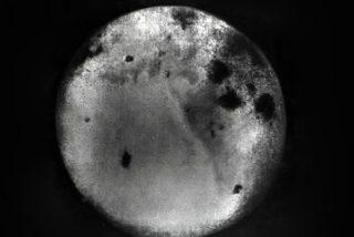 Así son las primeras fotos de la cara oculta de la Luna sacadas hace 60 años