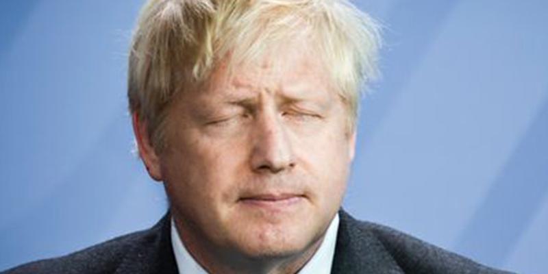 Boris Johnson prefiere 'no abrir ya los ojos' parar ver cómo está su país: ahora propone elecciones generales para el próximo 12 de diciembre