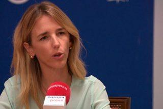 """Cayetana Álvarez de Toledo: """"Pedro Sánchez tiene de patriota lo que Zapatero de gurú económico"""""""