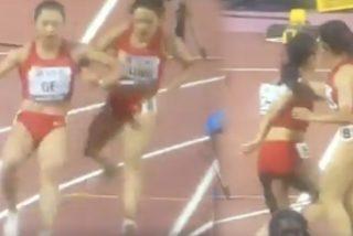 China hace el ridículo en los 4x100 femeninos del Mundial Doha 2019: corren hacia atrás al fallar en la última posta