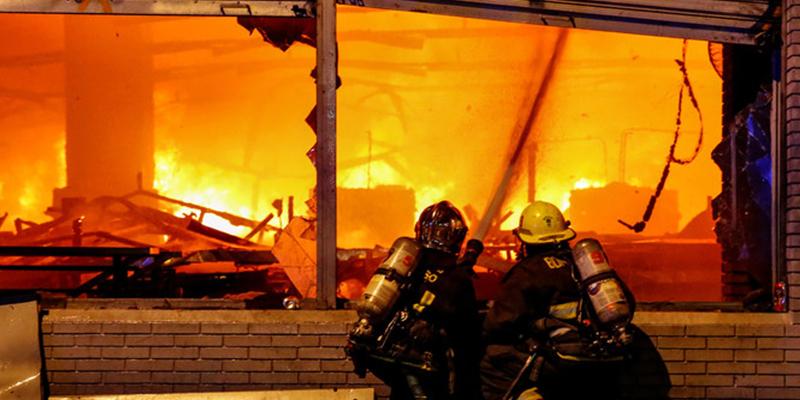 Protestas, incendios y saqueos en Chile: 4 claves para entender la furia y el estallido social en el país sudamericano