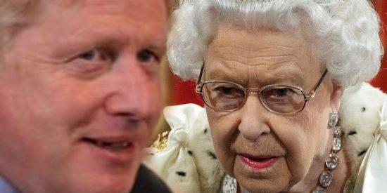 Corbyn acusa a Boris Johnson de aprovecharse de la reina para hablar de un 'brexit' que no puede cumplir