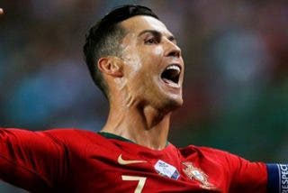 Cristiano Ronaldo muy cerca de los 700 goles como profesional tras marcar de sombrero este golazo