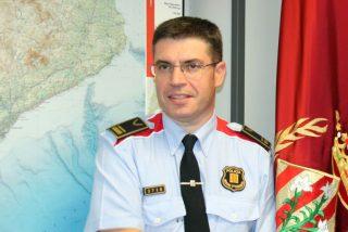 """La Policía está indignada con la 'metamorfosis' de Marlaska: """"Ahora condecora a un 'mosso' afín al separatismo y no a los nuestros"""""""