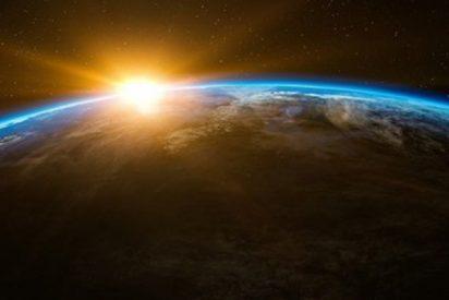 ¿Sabías que el polo Norte se sigue moviendo y ya ha atravesado el meridiano de Greenwich?