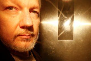 Detienen el responsable de la empresa española que espió a Assange en la Embajada de Ecuador
