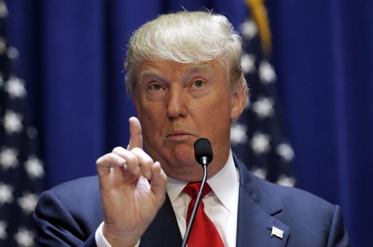 """El muro invisible: Trump anuncia una nueva norma para negar """"miles"""" de solicitudes asilo y acelerar las deportaciones de inmigrantes"""