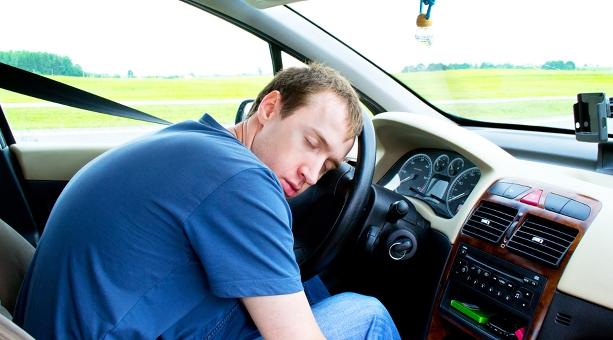 ¿Sabías que si tu coche es anterior al 2000, pronto no podrás conducirlo?