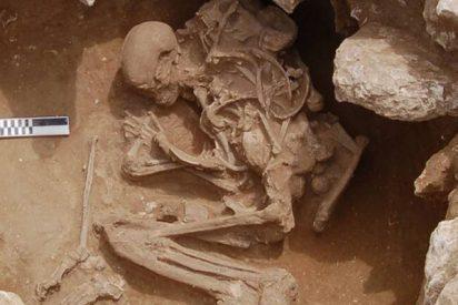 El misterioso asesinato de dos hombres prehistóricos de hace 6.200 años: hallan sus tumbas en Cádiz