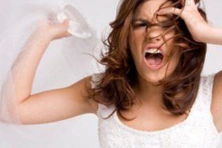 Novia pilla a su novio violando a una dama de honor en la preboda y se casa con él 48 horas después