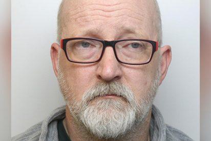 Este hombre finge llorar 'tras encontrar el cadáver de su esposa' momentos después de matarla brutalmente con una palanca