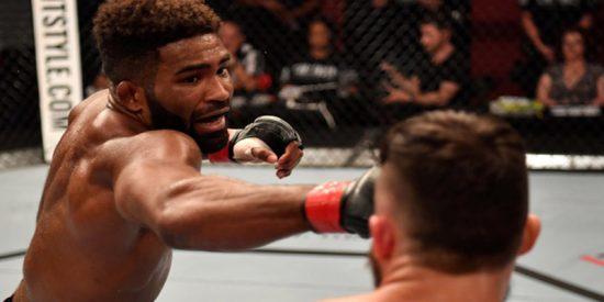 Este luchador de artes marciales mixtas pierde, anuncia su retirada, vuelve al octágono y es noqueado minutos después