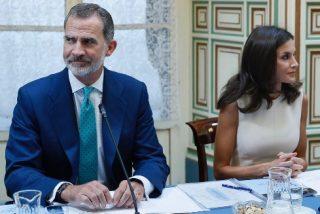 """La zafia EiTB pone en duda la sexualidad del rey Felipe VI: """"Lo de Eva Sannum fue un montaje"""""""
