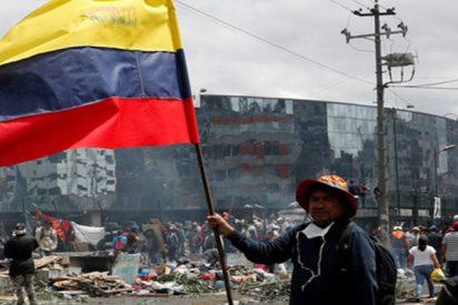Fuego y disparos: la violenta situación en Quito tras las duras protestas por las medidas de Lenín Moreno