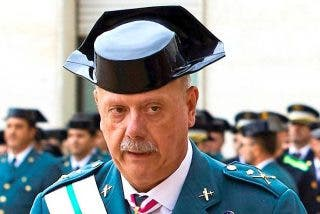 El general Garrido, jefe de la Guardia Civil en Cataluña, cabrea como monos a Mossos e 'indepes'
