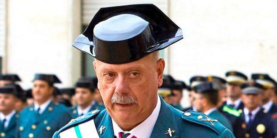 El general Garrido, jefe de la Guardia Civil en Cataluña, cabrea como monos a Mossos e 'indepes'