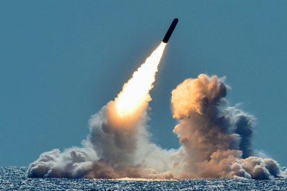 Graban desde la cabina de un avión mexicano el lanzamiento de un misil balístico de EE.UU.