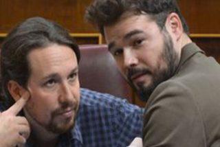 """Iglesias 'apuñala por la espalda' a Rufián: """"Juega todos los papeles: un día con la impresora y otro pareciendo portavoz del PSOE"""""""