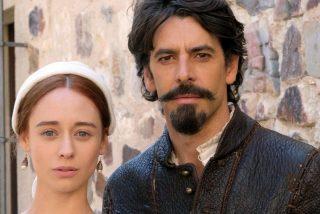 La situación que vive Chile pone en peligro el rodaje de la serie  de TVE 'Inés del alma mía', con Elena Rivera y Eduardo Noriega