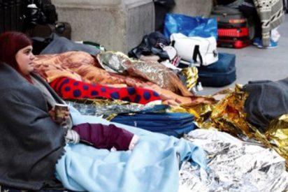 Insostenible avalancha de refugiados ante la inacción e incompetencia de Sánchez: a Madrid llegan tantos como la población de Teruel