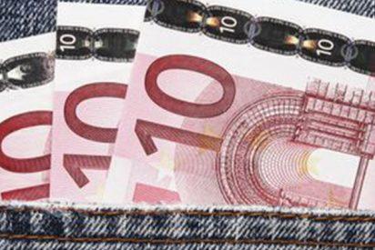 """La Policía Nacional avisa de la proliferación de billetes de 10 euros falsos: """"Mucho ojo, por favor, retuitea"""""""