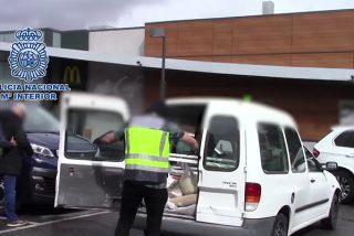 La Policía Nacional descubre en Madrid más de 100 kilos de metanfetamina camuflada entre escombros en una furgoneta