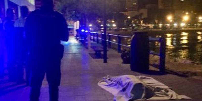 La Policía Nacional investiga la aparición del cadáver de una mujer con una bolsa en la cabeza en el paseo del puerto de Alicante