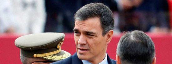 La soviética TVE intentó disimular los abucheos a Sánchez tapando gritos y pitos con una entrevista grabada a la ministra Robles