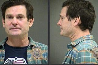 La policía detiene y ficha a Elliot de 'E.T. el extraterrestre', por conducir borracho