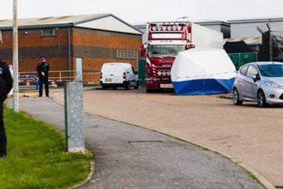 La policía realiza dos nuevas detenciones en relación con el hallazgo de 39 cadáveres en Reino Unido