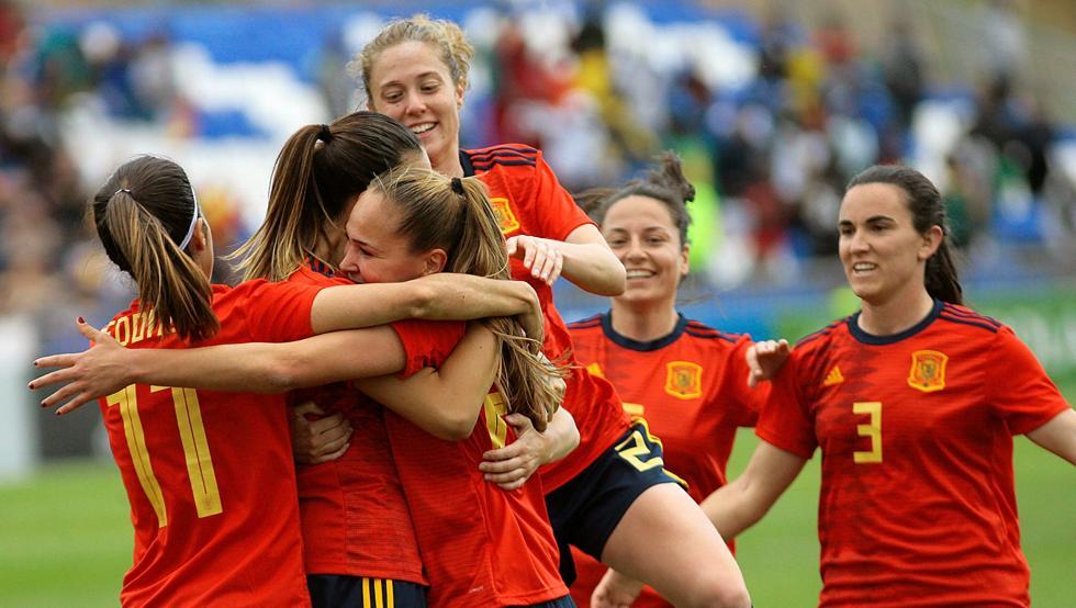 Fútbol Femenino: Las jugadoras de Primera División anuncian una huelga ante la falta de convenio colectivo