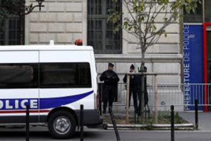 Los periodistas ocultan que el asesino de la Prefectura de París era un musulmán radicalizado y que planeó su cuádruple crimen
