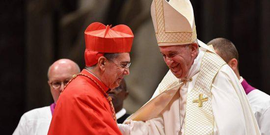 El papa advierte a los nuevos cardenales sobre 'la falta de compasión'