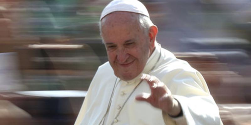 Piden ayuda al papa Francisco para que les enciendan la calefacción y lo consiguen por un día