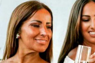 """Raquel, madre de Noemí Salazar, denuncia que """"En 'GH VIP 7' está todo el bacalao vendido"""""""