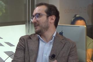 """Luca Costantini (VozPopuli): """"En el partido de Errejón se llaman compañeros, compañeras y compañeres entre ellos"""""""